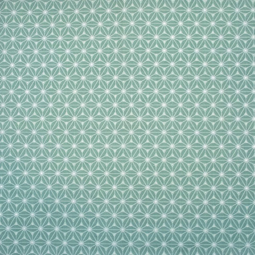 Aperçu du tissu de la collection menthe glaciale qui est un coton vert d'eau imprimé d'un motif japonais asanoha blanc.
