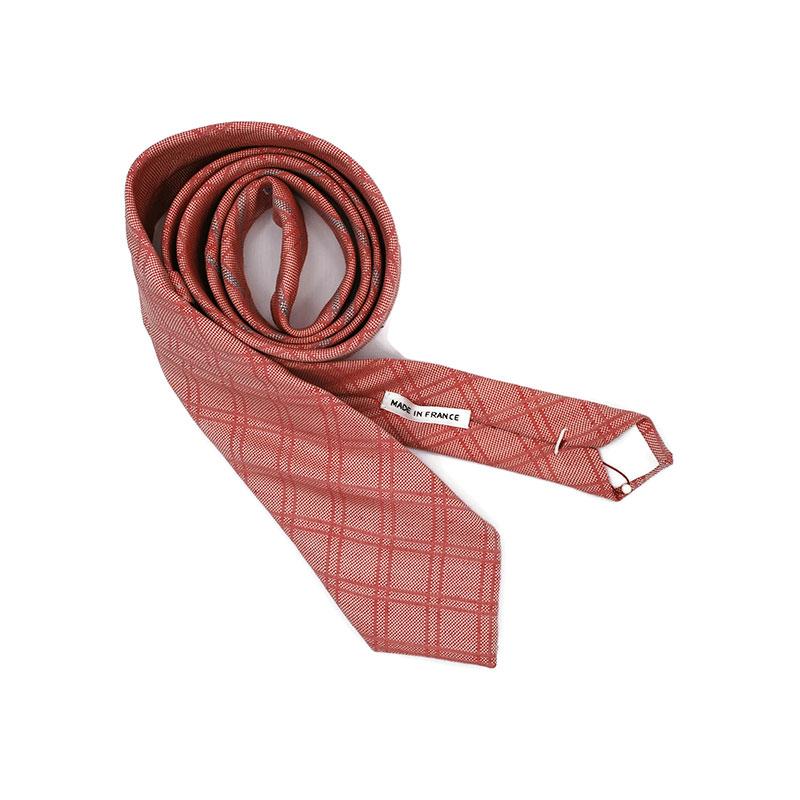 Voici la cravate Fondu Enchaîné de la brigade du noeud.