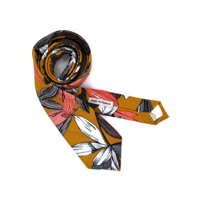 Voici la cravate Rêve d'Hawaii de la brigade du noeud.