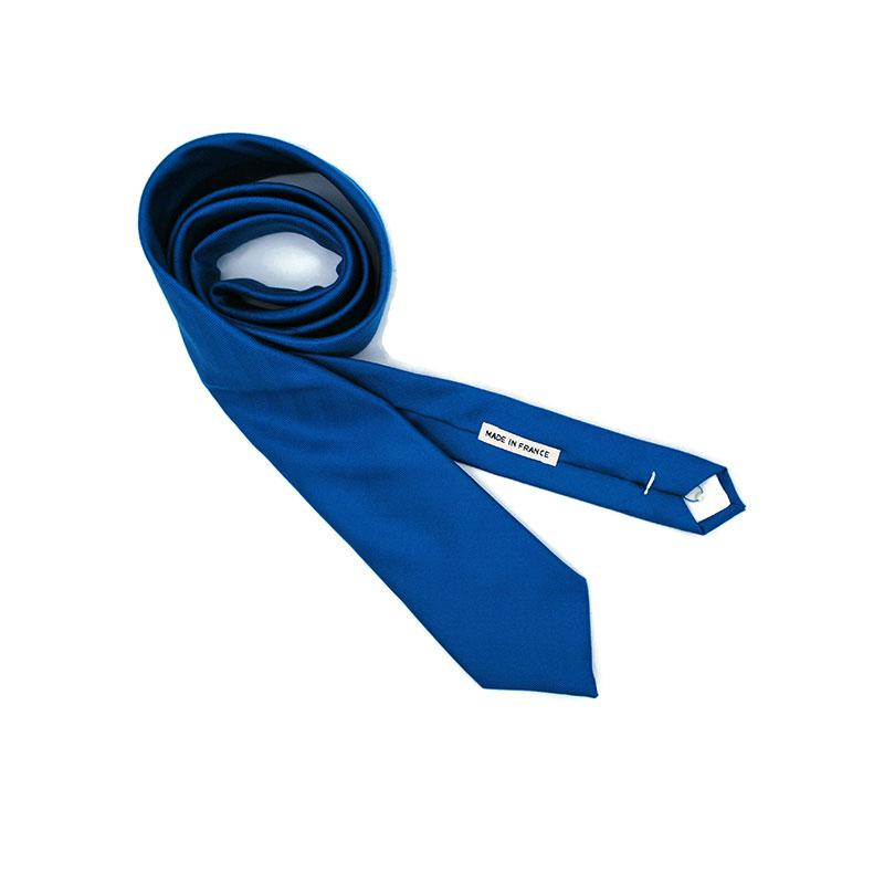 Voici la cravate Plénitude de la Brigade du Noeud.