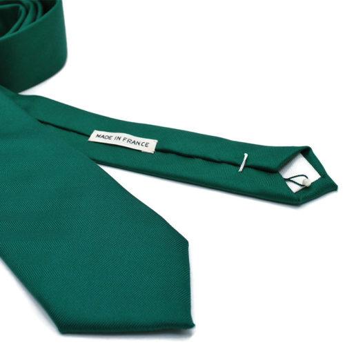 Voici en détail la cravate So Green de la Brigade du Noeud.